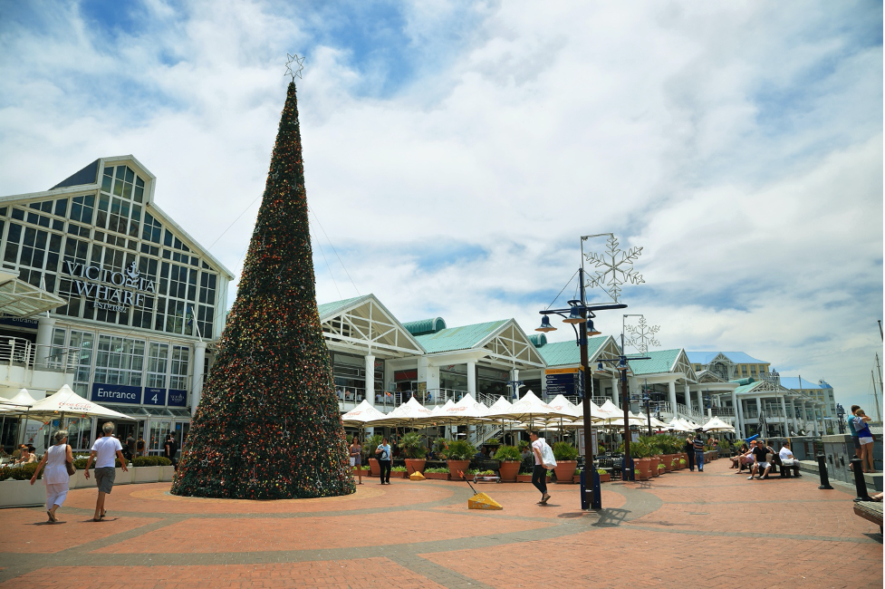 car-hire-cape-town-christmas-tree-waterfront