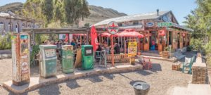 historic-fuel-dispensers-at-diesel-and-creme-restaurant-in-barry-91415417-min