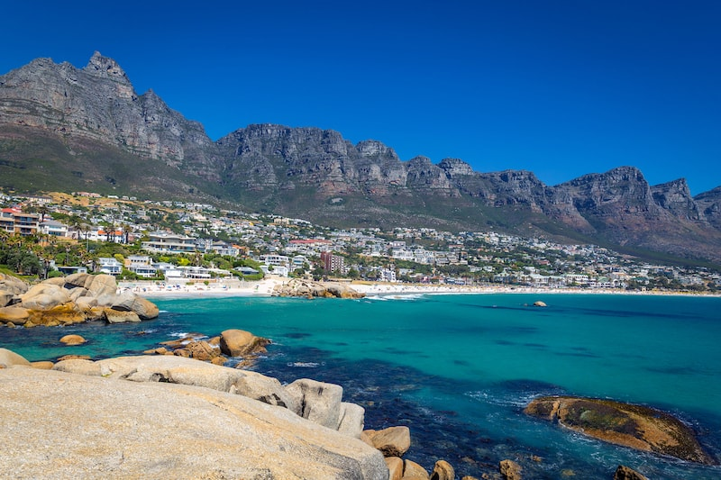 Around-about-cars-Camps-Bay-Beach-min