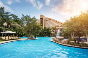 Visit-Sun-City-with-your-Johannesburg-car-rental-cascades-hotel-min