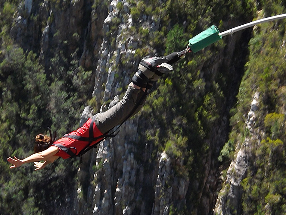 Bungee jumping at the Bloukrans Bridge - Around About Cars
