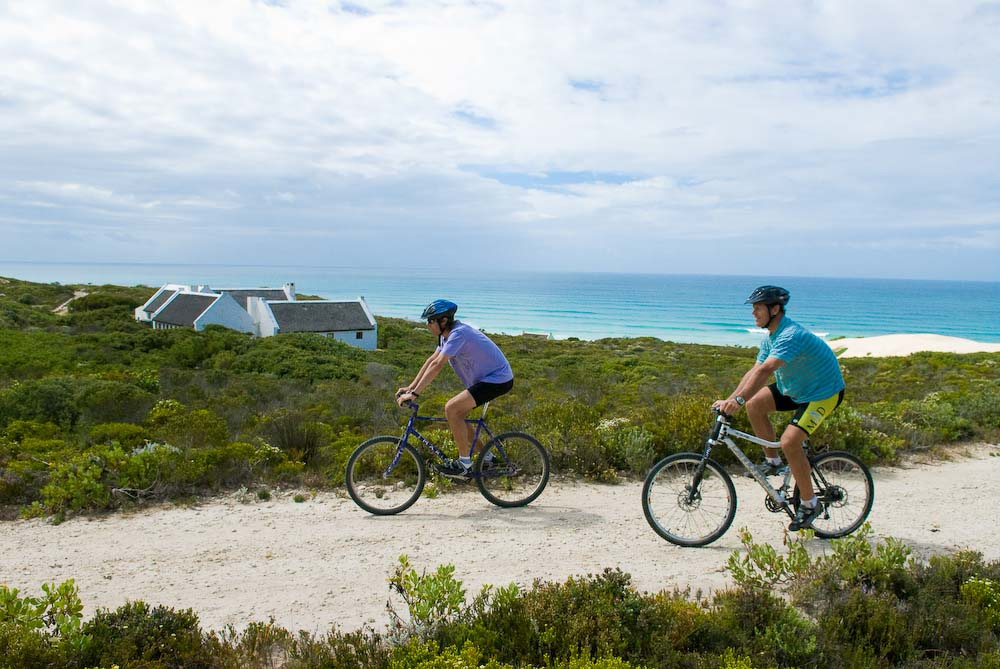 De Hoop Cycle at Koppie Alleen - Around About Cars